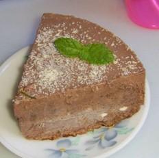 椰香巧克力冰淇淋蛋糕