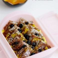 柚香蓝莓面包布丁