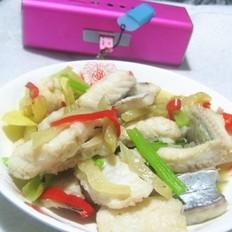 咸菜焖鳗鱼