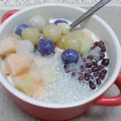 椰汁西米芋头丸
