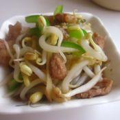 青椒豆芽五花肉