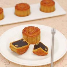 广式枣泥松子月饼