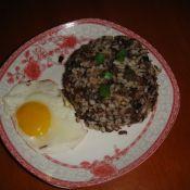煎蛋酱牛肉炒饭