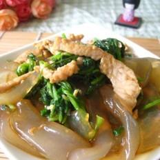 香菜肉丝炒拉皮