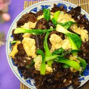 黑木耳青菜炒鸡蛋
