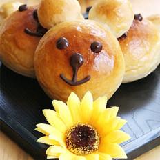 鲜奶油小熊面包的做法