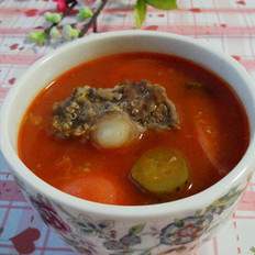 番茄藜麦酸黄瓜牛尾汤
