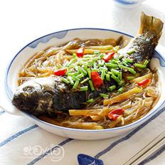 鲫鱼炖萝卜粉条