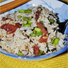 腊肠蒜苔炒饭