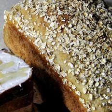 燕麦鲜奶面包
