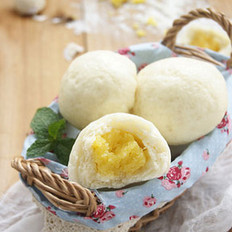甜点奶黄包