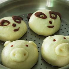 小猪和熊猫豆沙包