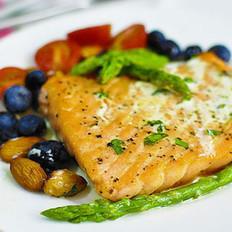 三文鱼的分割及烹饪方法