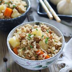 土豆肉馅焖饭