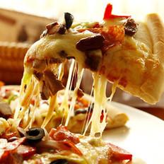 米肠牛肉披萨