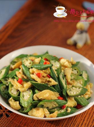 黄秋葵炒鸡蛋的做法