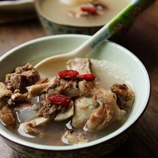 萝卜煲猪骨汤