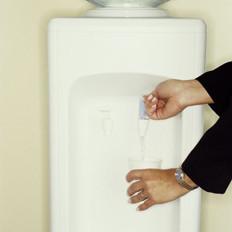 冷热水混喝会中毒是真是假?