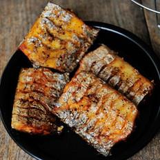 酥香炸带鱼
