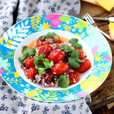 圣女果暖食沙拉的做法