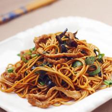 蔬菜肉丝炒面