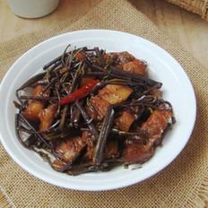 蕨菜烧肉的做法