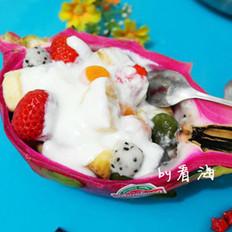 汤圆酸奶水果杯