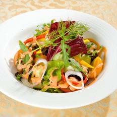 蔬菜沙拉帮你润肠通便
