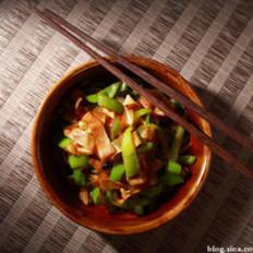 尖椒炒豆皮