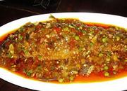 盐酸菜烧鱼