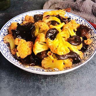 黑木耳炒花菜