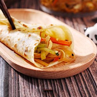 烙馍卷大拌菜