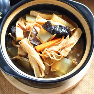 黄花菜煲腐竹