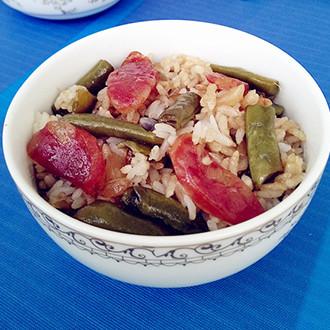 香肠豆角焖饭