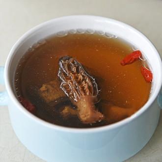 羊肚菌排骨汤